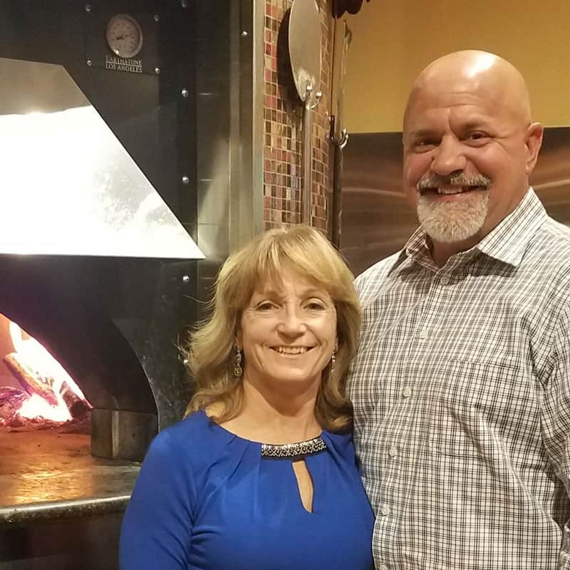 Smokin' Oak Wood-Fired Pizza Continues Colorado Climb with two new stores in Grand Junction