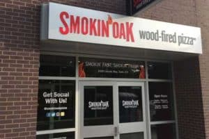 smokin oak pizza store front