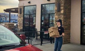 car at curb side pick up for pizza