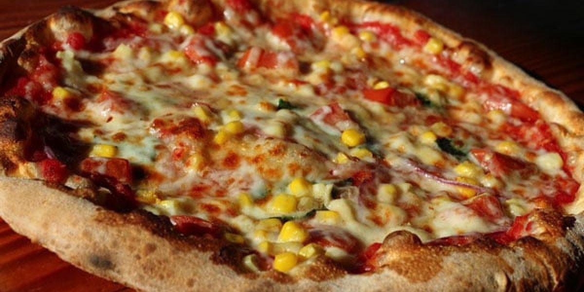Veggie-Pizza-Smokin-Oak-Wood-Fired-Pizza